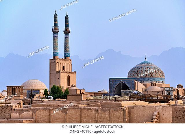 Iran, Yazd province, Yazd, Friday mosque, general view, badgirs or wind towers