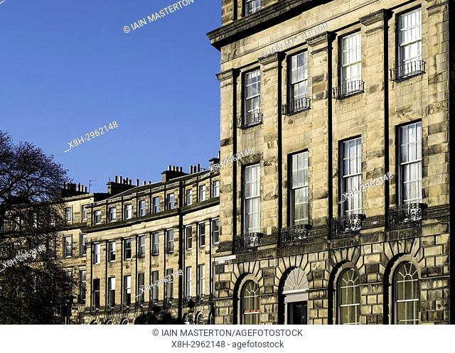 Row of Georgian terraced townhouses in Edinburgh New Town, Scotland, United Kingdom