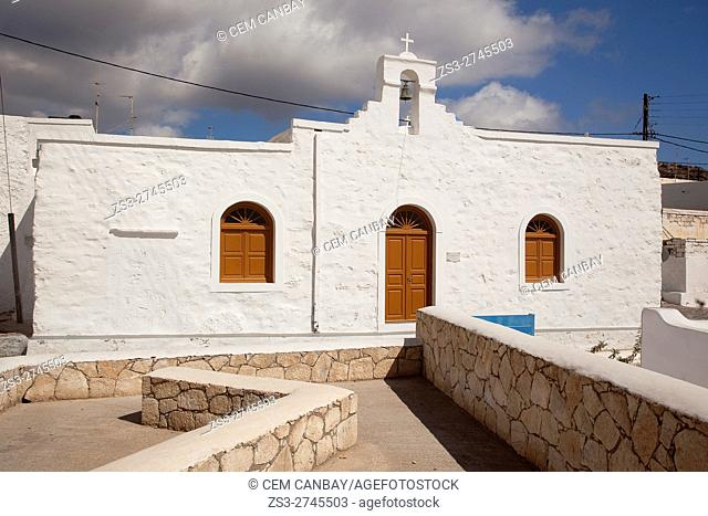 View to the Church of Zoodochos Pigi in the old town Chora or Chorio, Kimolos, Cyclades Islands, Greek Islands, Greece, Europe