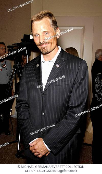 Viggo Mortensen at arrivals for 25th Annual Golden Boot Awards, Beverly Hilton Hotel, Los Angeles, CA, August 11, 2007. Photo by: Michael Germana/Everett...