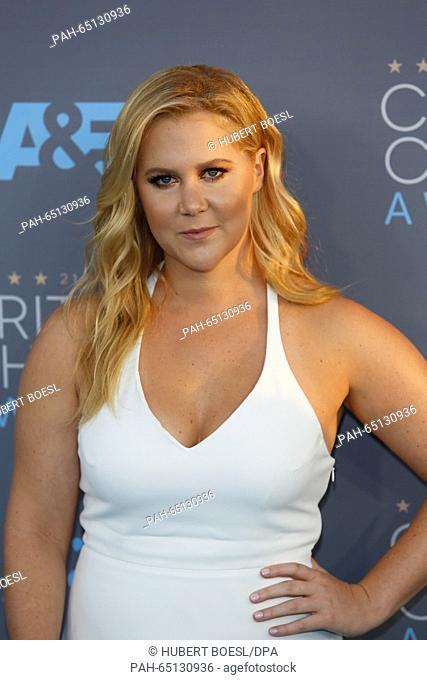 Actress Amy Schumer arrives at the 21st Annual Critics' Choice Awards at Barker Hangar at Santa Monica Airport in Los Angeles, USA, on 17 January 2016