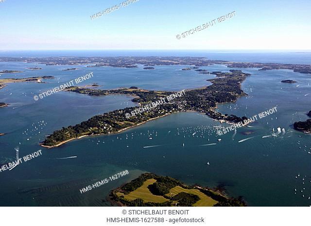 France, Morbihan, Golfe du Morbihan, Ile aux Moines (aerial view)