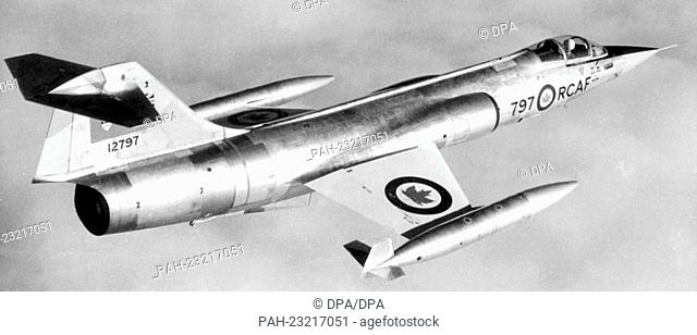 Supersonic aircraft Lockheed-Starfighter CF 104 of the Canadian Air Force in 1963. - /Germany