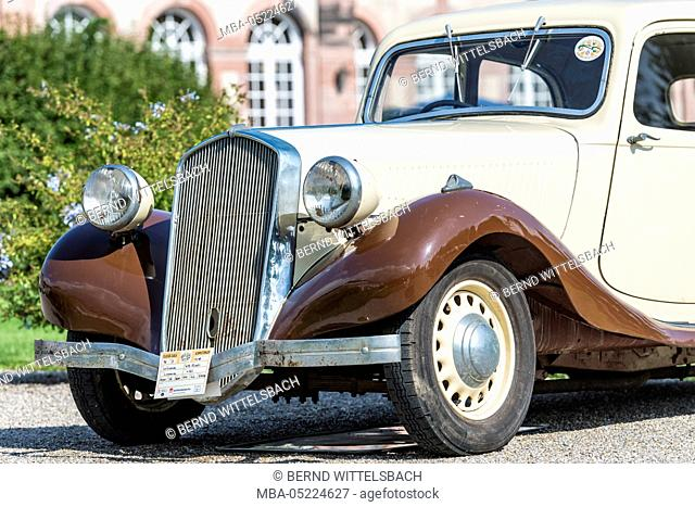 Schwetzingen, Baden-Württemberg, Germany, La Licorne 415 Rivoli, year of manufacture 1938. Classic gala, Concours d'Elégance in the baroque castle grounds
