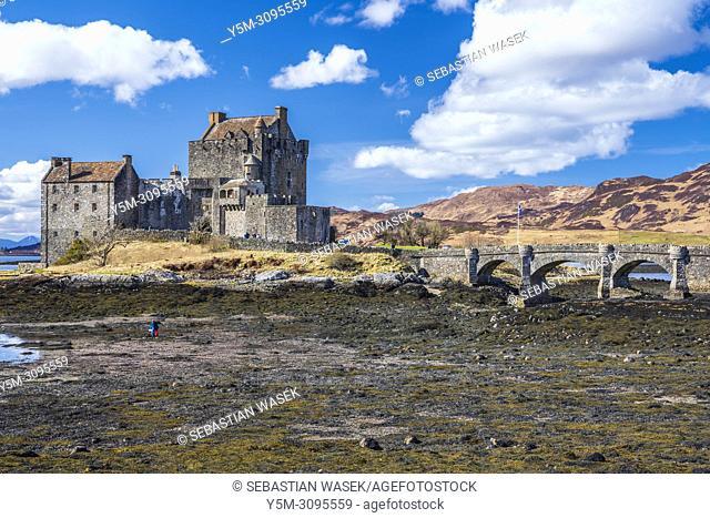 Eilean Donan castle and Loch Duich, Dornie, Ross-shire, Highland, Scotland, United Kingdom, Europe