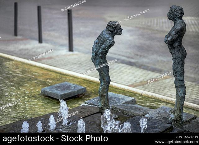 Der König-Albert-Brunnen auf dem Altmarkt in Plauen ist ein Kunstwerk des Bildhauers Norbert Marten, das 2007 aufgestellt wurde