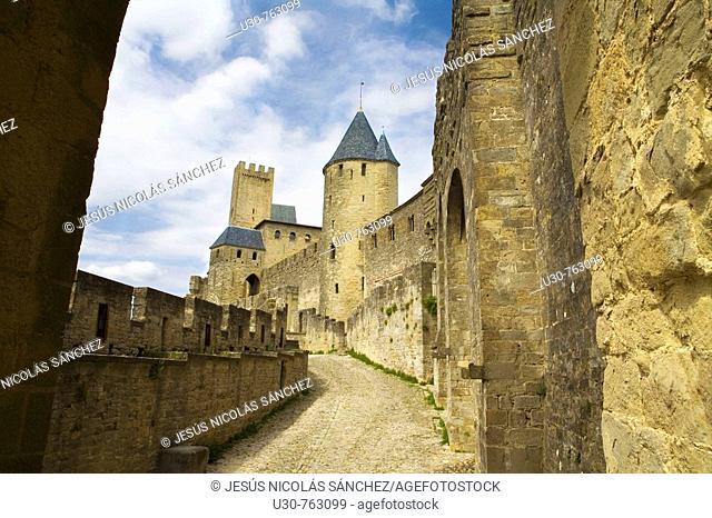 Fortress and castle, the medieval city of Carcassonne, La Cité, Carcassonne, France