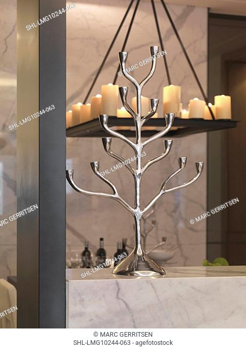 Tree style candlestick holder