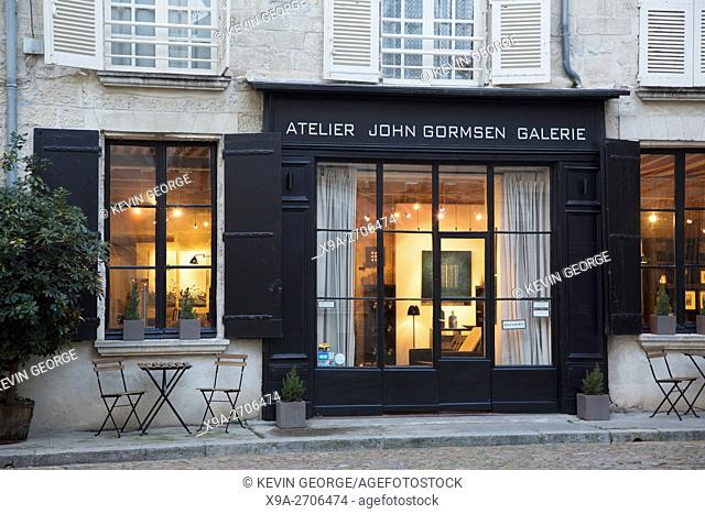 John Gormsen Gallery Place Saint Pierre Square, Avignon, France
