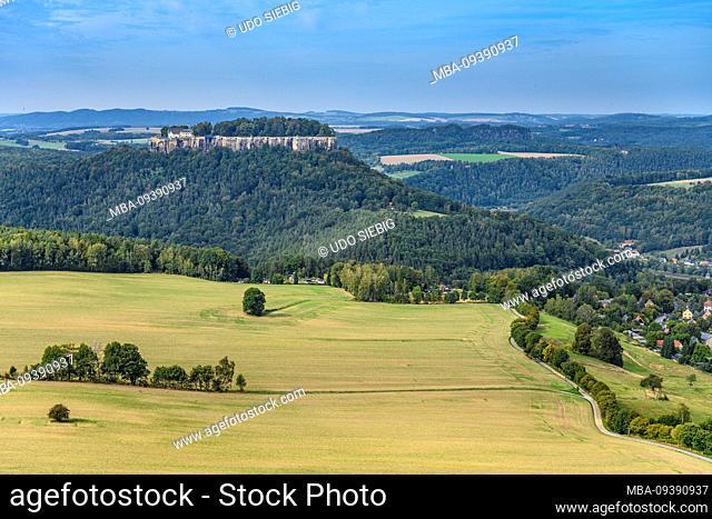 Germany, Saxony, Saxon Switzerland, Königstein, Pfaffenstein, view over the Elbebenheit to the fortress Königstein