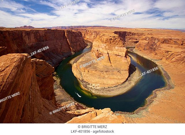 View of the Horseshoe Bend of Colorado River, Glen Canyon, Glen Canyon National Recreation Area, Arizona, USA, America