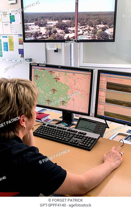 COMPUTER ROOM CONTROLLING THE AUTOMATIC FOREST FIRE DETECTION SYSTEM WITH RECEPTION OF IMAGES FROM CAMERAS INSTALLED IN THE LOOK-OUT POSTS