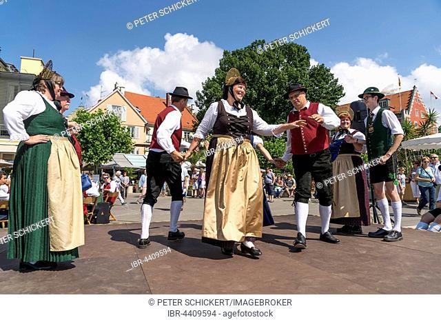 Folk dance group dancing in traditional costumes, Lindau, Lake Constance, Bavaria, Germany