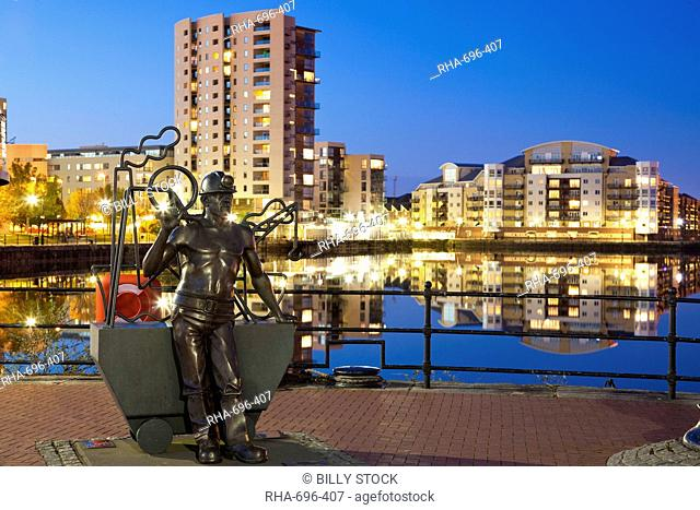 Miner Statue, Cardiff Bay, South Wales, Wales, United Kingdom, Europe