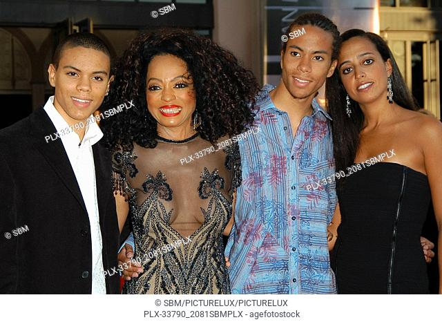 Diana Ross and Kids at the 32nd Annual American Music Awards - Arrivals held at the Shrine Auditorium in Los Angeles, CA