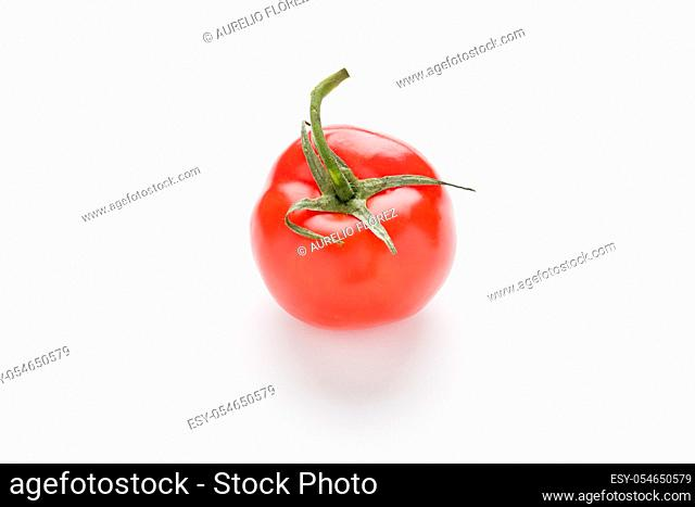 Solanum lycopersicum, whose fruit is the tomato, commonly known as tomato, is a species of herbaceous plant of the genus Solanum of the Solanaceae family; it is...