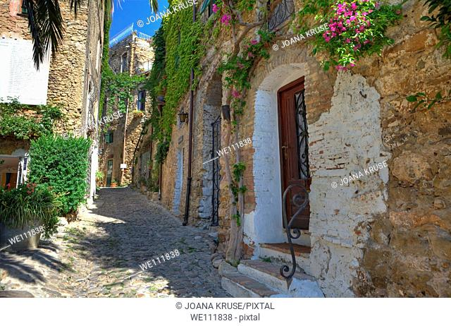 Bussana Vecchia is an old village, which was destroyed in the 19th Century by an earthquake and occupied since the 1960s by artists