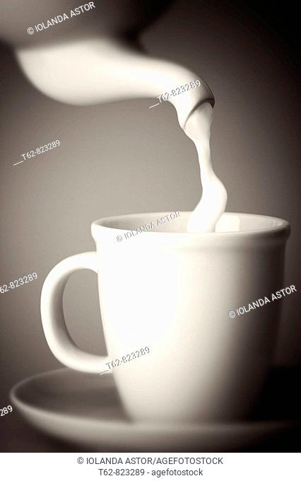 Serving milk in the cup