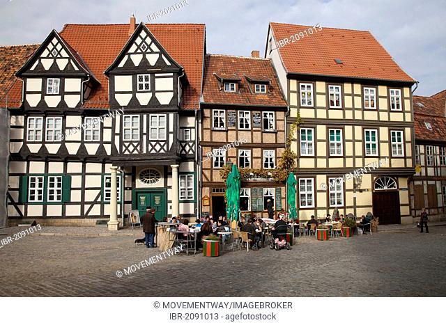 Half-timbered houses on Schlossberg street, Quedlinburg, UNESCO World Heritage Site, Harz area, Saxony-Anhalt, Germany, Europe