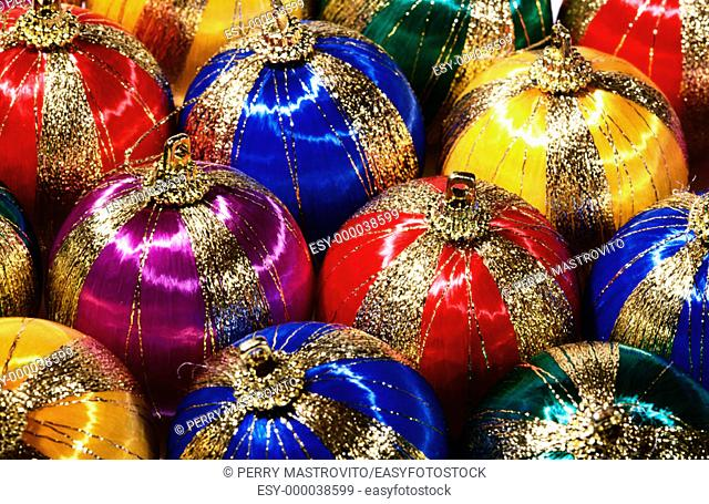 Silk spherical Christmas tree ornaments with gold trim