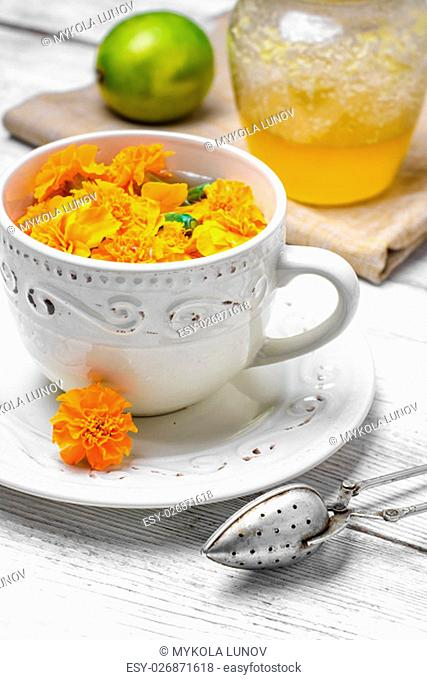 curative tinctures of summer treatment of marigold flowers