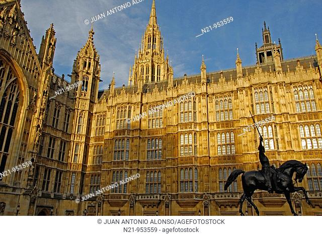 Houses of  Parliament and statue of Richard Lionheart. Westminster, London, Great Britain, Europe