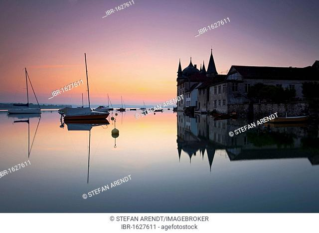 Early morning at the harbour, Steckborn castle on Lake Constance, Switzerland, Europe