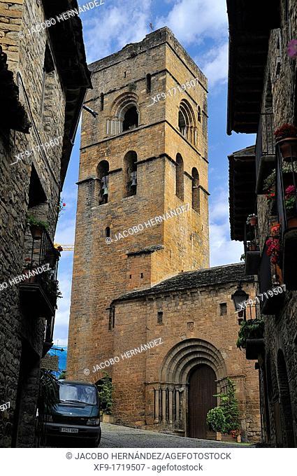 Romanesque church of Aínsa  Huesca province  Aragón  Spain
