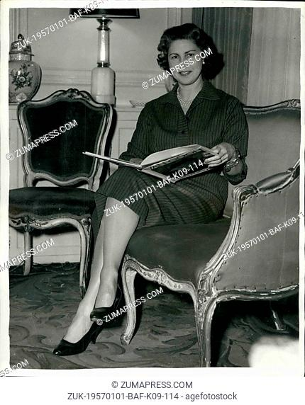 Jan. 01, 1957 - Mr. Thorneycroft is new chancellor of Exchequer: Photo shows Mrs. Peter Thorneycroft, wife of Mr. Peter Thorneycroft