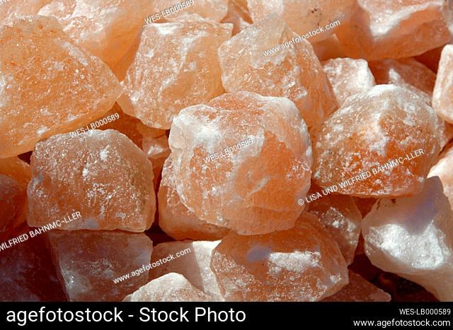 Healing stones Himalayan salt
