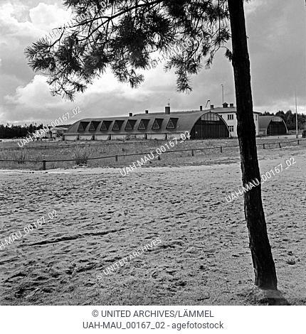 Fliegeranlagen in der Ortschaft Rositten im Kreis Preußisch Eylau in Ostpreußen, Deutschland 1930er Jahre. Air force barracks at the village of Rositten in the...