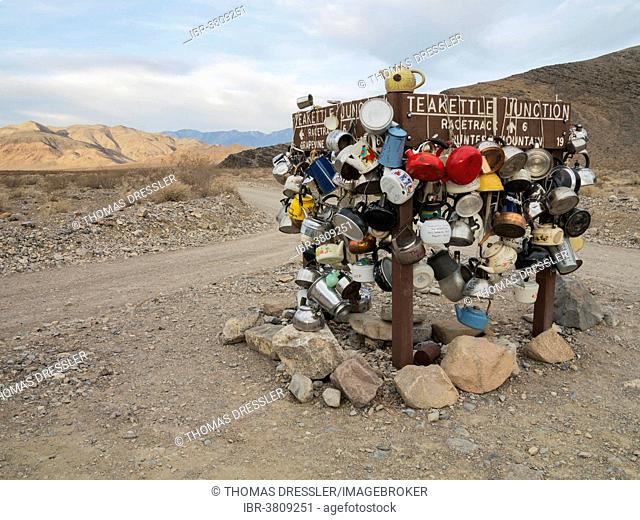 Teakettle Junction on Racetrack Road, Death Valley, Death Valley National Park, California, USA