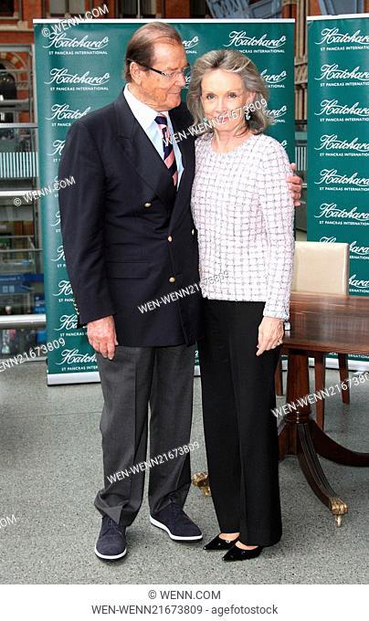 Sir Roger Moore signs copies of his autobiography 'Last Man Standing: Tales From Tinseltown', at Hatchards St Pancras Station, London Featuring: Sir Roger Moore
