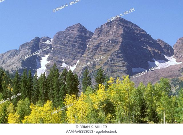 The Maroon Bells in Fall, CO North Maroon Peak 14,014'(r) South Maroon Peak 14,156' Maroon Bells-Snowmass Wilderness, CO