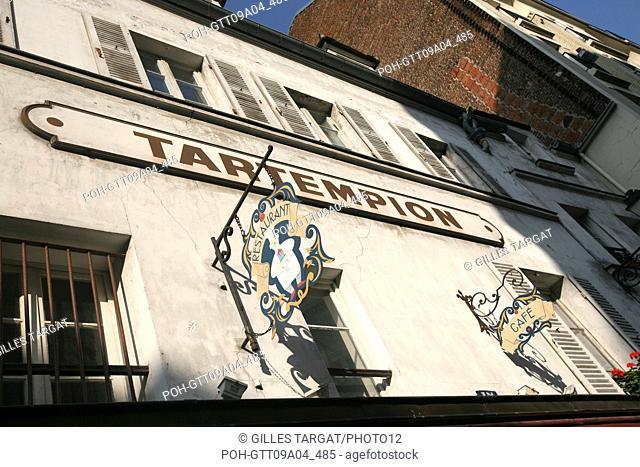tourism, France, paris 18th arrondissement, butte montmartre, place du tertre restaurant tartempion sign Photo Gilles Targat
