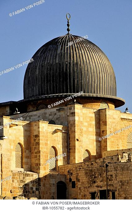 Dome of the Al-Aksa Mosque on the temple mountain, Jerusalem, Israel, Near East, Orient