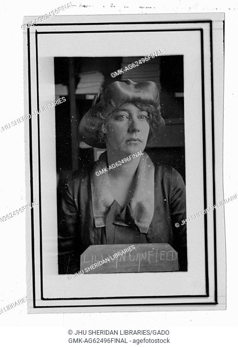 Lillian Caroline Canfield, Portrait photograph, Chest up, Full face, c 35 years of age, 1927