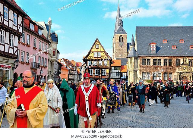 Germany, Saxony-Anhalt, Quedlinburg, imperial spring, Ottones, entourage