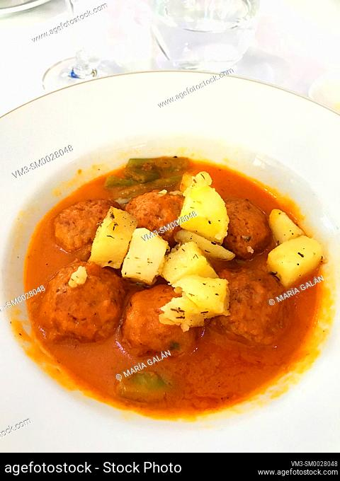 Meatballs with potatoes. Spain