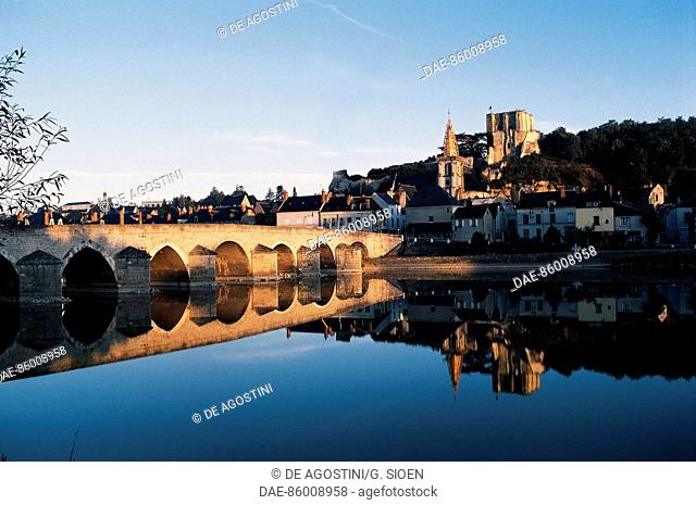 Bridge over the Cher river, on the right the tower of the castle, Montrichard, Centre, France