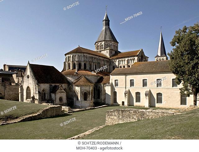 La Charit-sur-Loire, Notre-Dame de La Charit