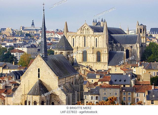 Town of Poitiers with Cathedral St Pierre, Chapel Sainte Radegonde, The Way of St. James, Chemins de Saint Jacques, Via Turonensis, Poitiers, Dept