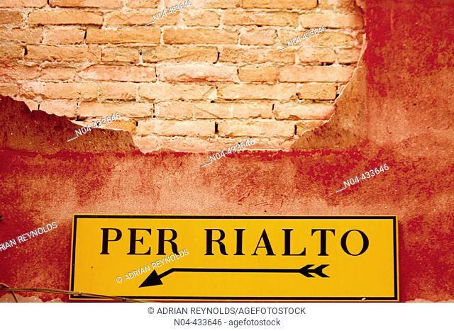To Rialto sign, Venice. Veneto, Italy
