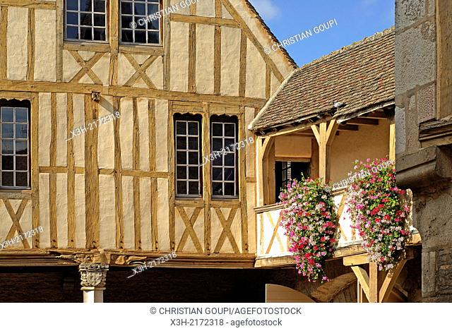 former Palais des Ducs de Bourgogne 14th- 18th century housing the Burgundy Wine Museum, Beaune, Cote-d Or department, Burgundy region, France, Europe