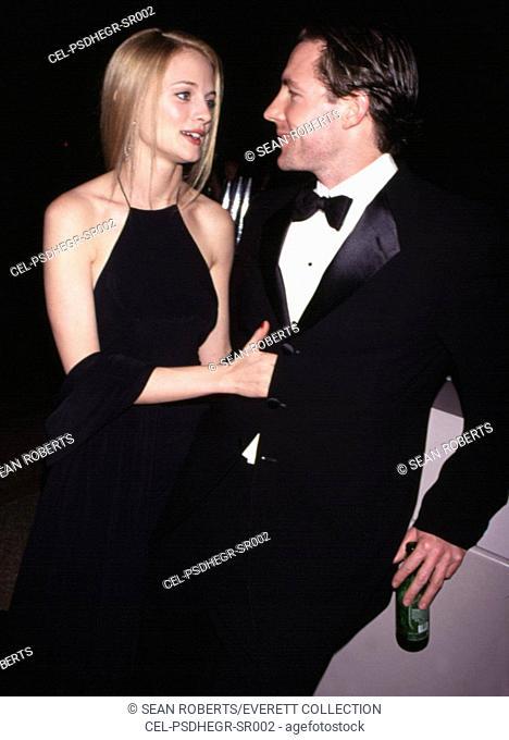 Heather Graham, Ed Burns at the Costume Institute gale at the Metropolitan Museum of Art, 12/6/99