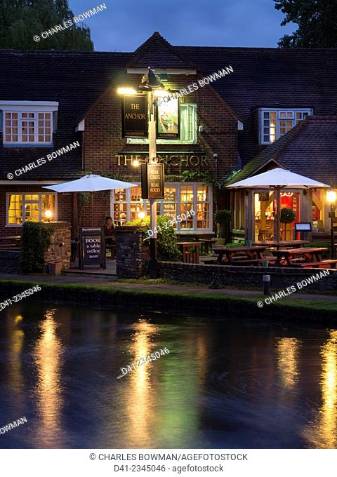 europe, UK, England, Surrey, River Wey Anchor pub Pyrford