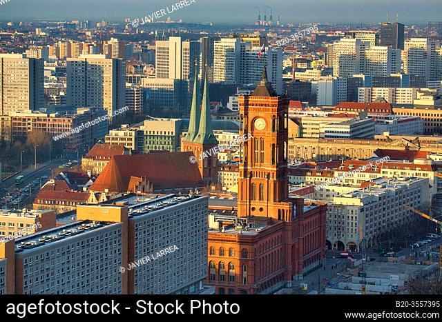 Rotes Rathaus Red City Hall, Alexanderplatz, Berlin, Germany