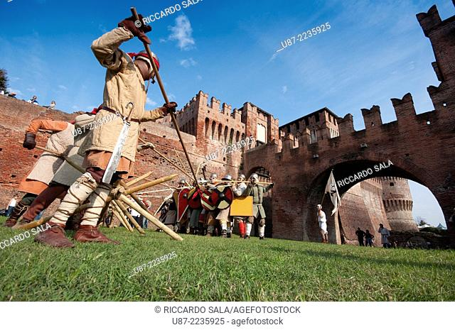 Italy, Lombardy, Soncino, Rocca Sforzesca, Castle, Historical Reenactment, Medieval Soldier