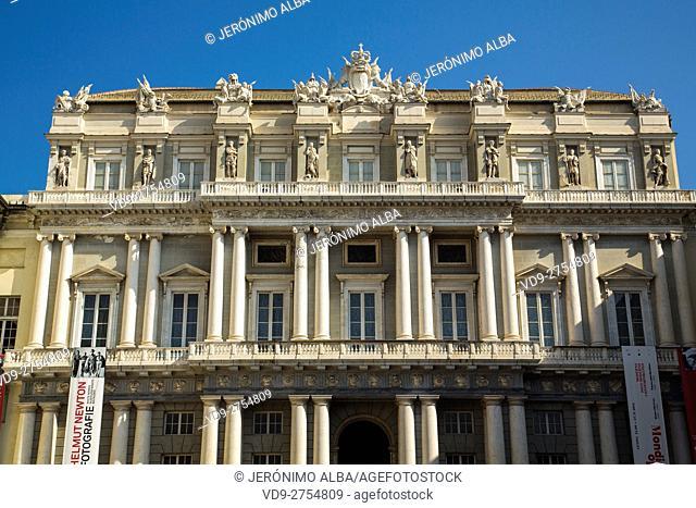 Palazzo Ducale, Piazza Matteotti, historic center. Old Twon. Genoa. Mediterranean Sea. Liguria, Italy Europe