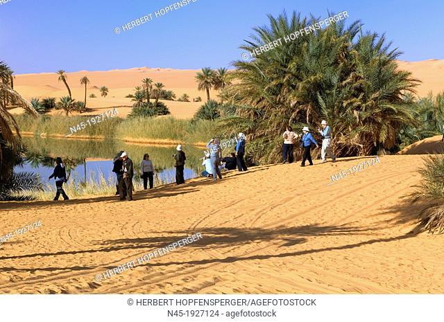 Um el Ma; Lake Mandara; Libyan Arab Jamahiriya; Libyan Desert
